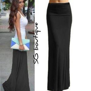 🆕⭐ Black jersey maxi skirt